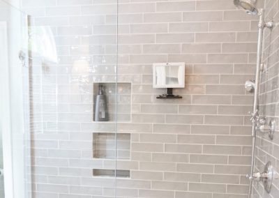 2017 Grunder Master Bathroom-023